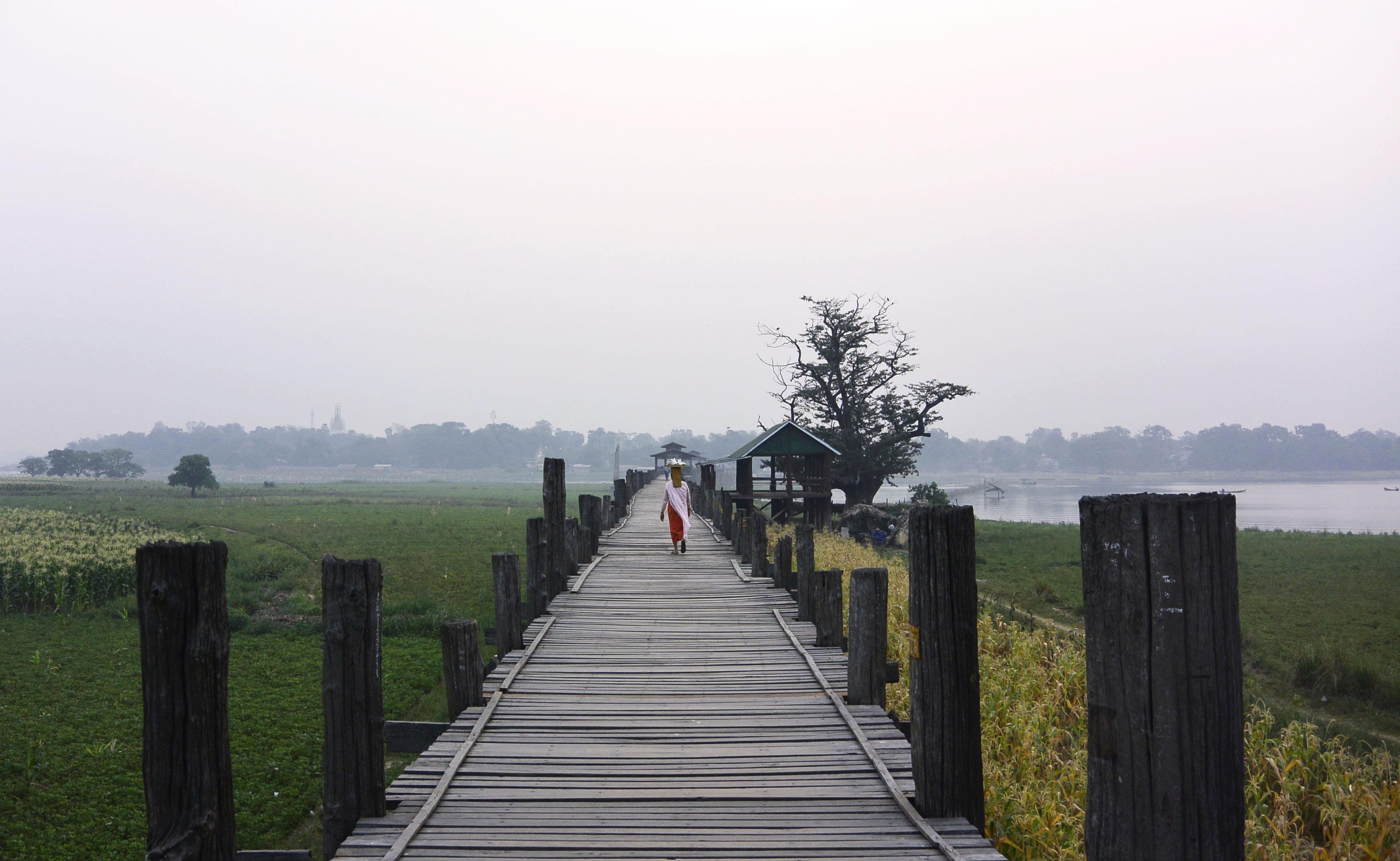 myanmar-bein-bridge-taungthaman-lake