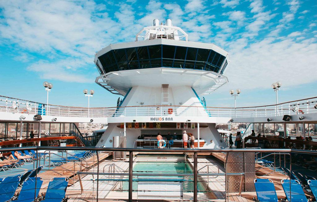 crucero islas griegas cubierta