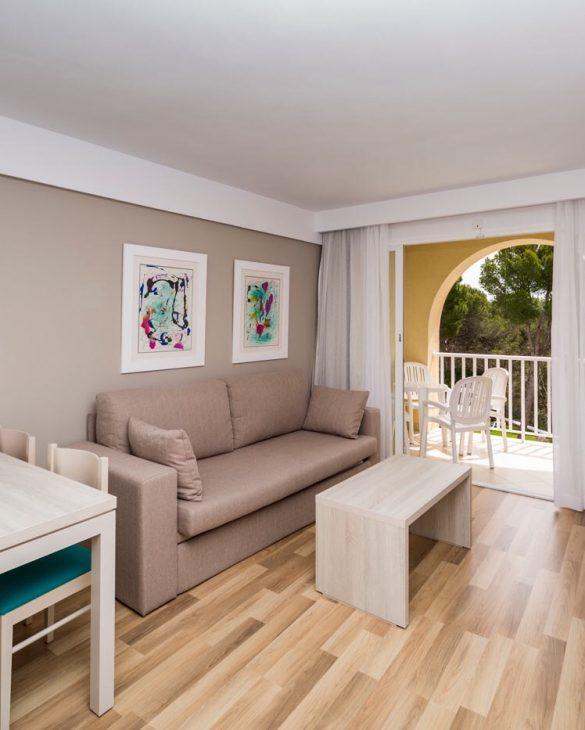 floramar apartament living room