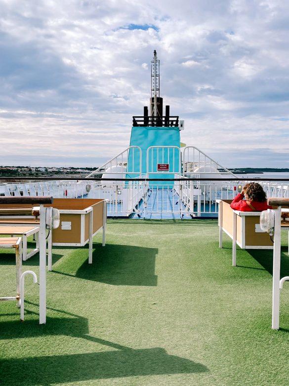 exterior ferry menorca
